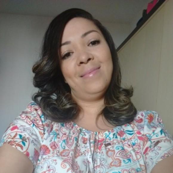 Emanuela da Silva Barbosa