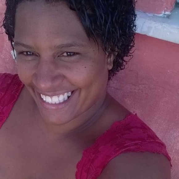 Genivia Oliveira de Jesus Santos