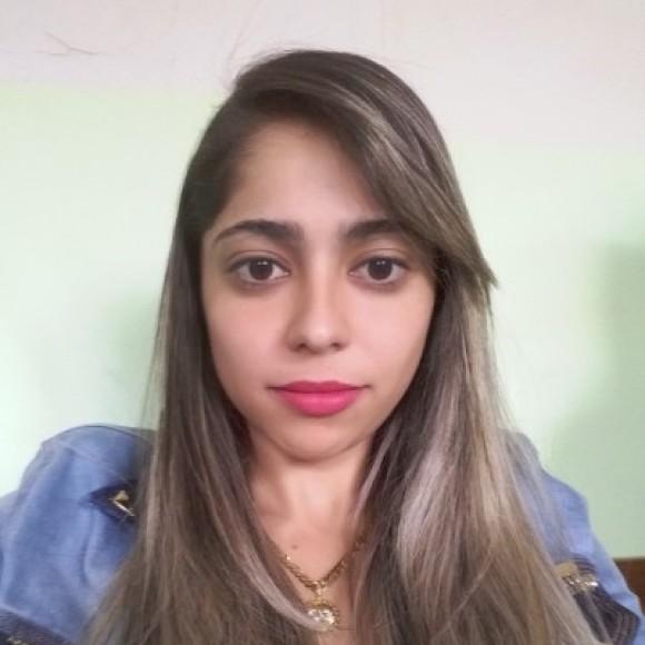 Isabela Canedo