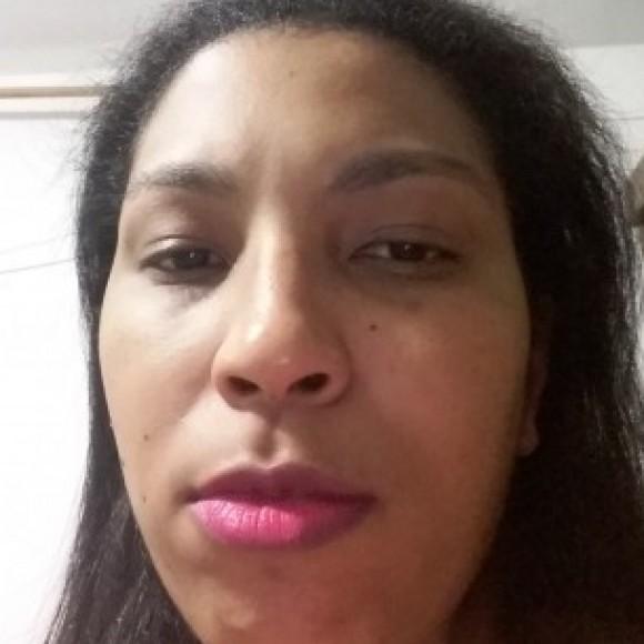 Erika Aparecida da da Silva Lopes