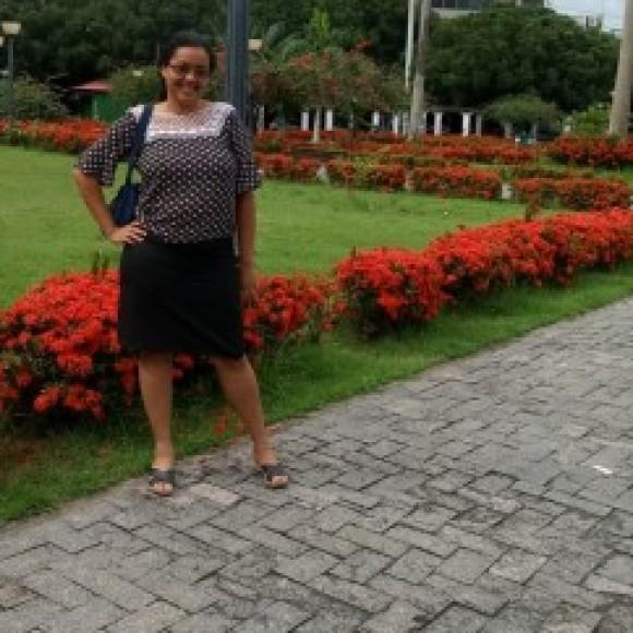 Alice Souza stuart